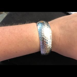 Jewelry - 🆕 hammered sterling Silver Cuff